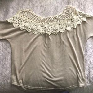 Light beige and lace short sleeve top